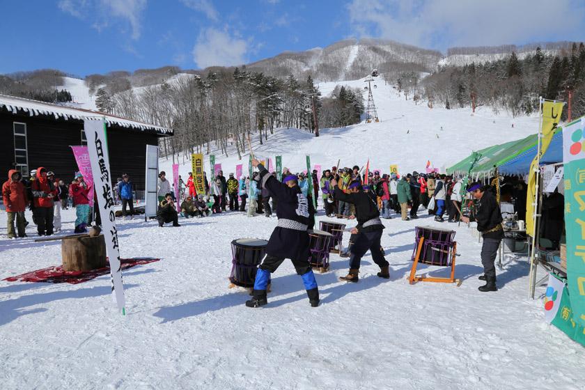冬のお祭りで振る舞い&抽選会!2/3岩岳感謝祭にロックオン