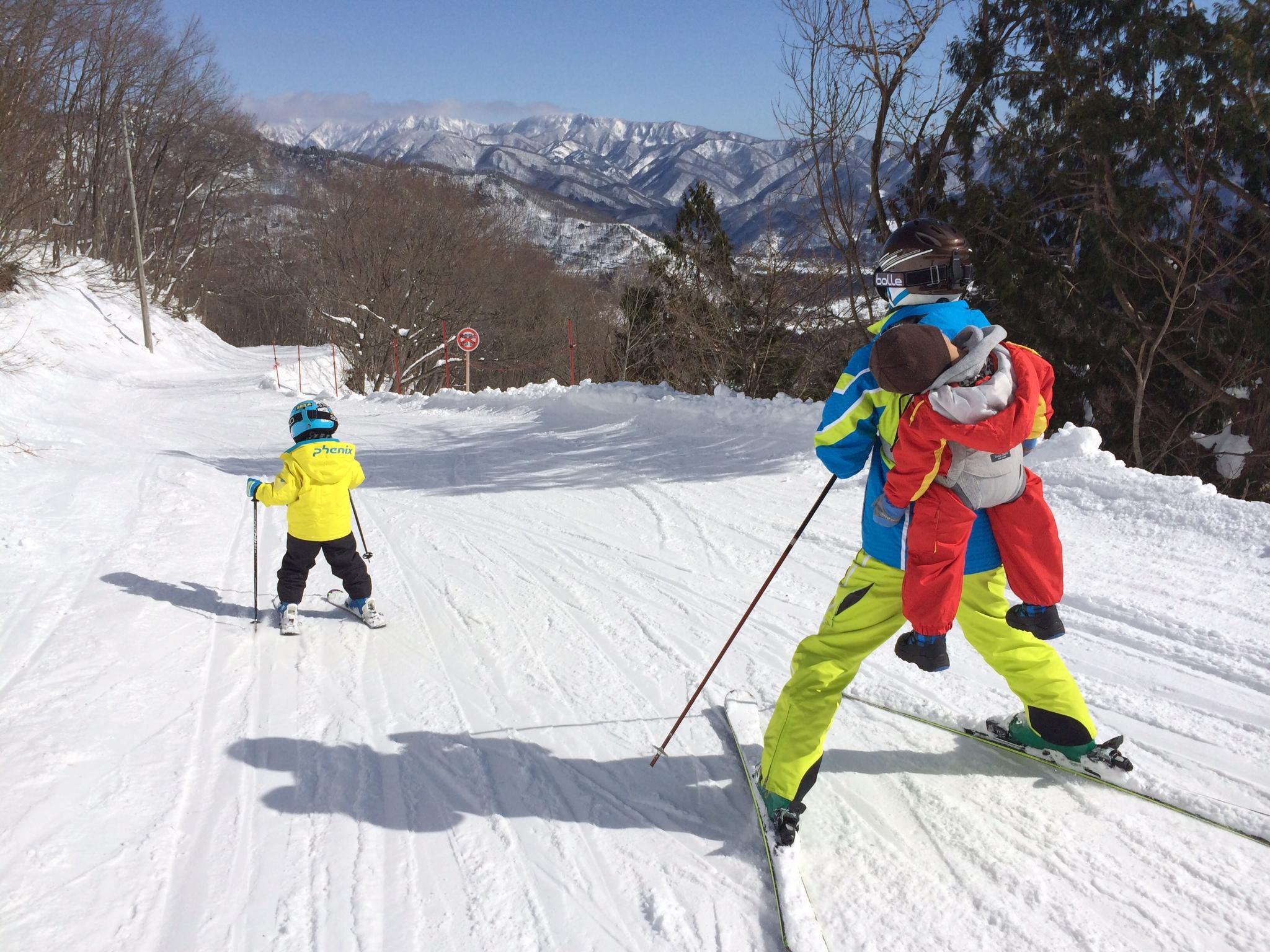 3/5から子ども1日券が1,000 円!オトクに春スキーデビュー!
