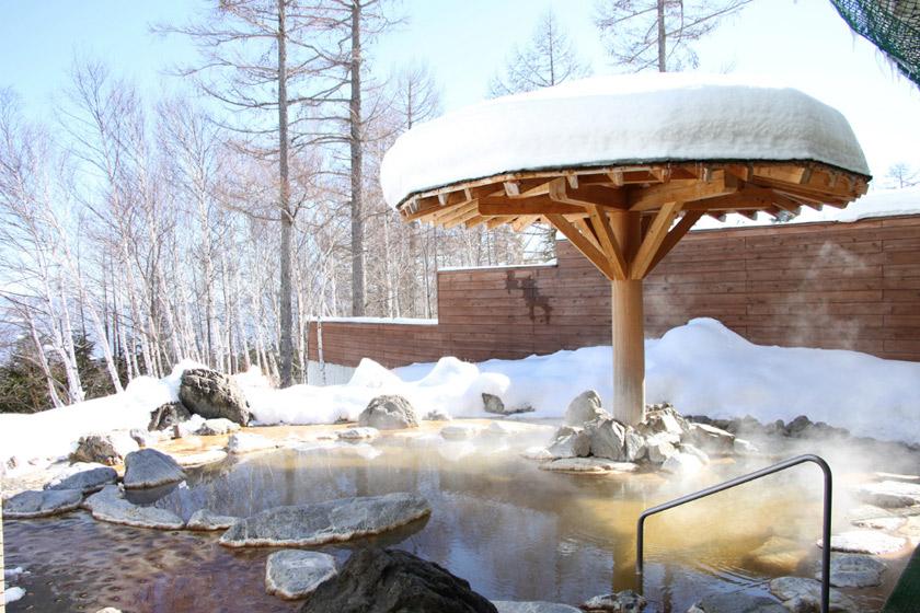 スキーの疲れに効く~! かけ流し温泉でリラックス