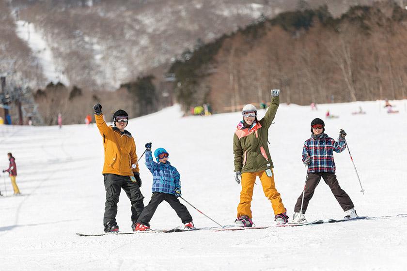 家族全員満足の 幅が広くて 安心の緩斜面コース