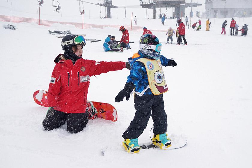 スキーもスノーボード もおまかせ♪ スポンジ・ボブ スノーキャンプ