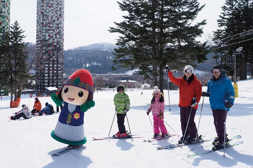 北海道の雪だから 滑っても遊んでも楽し~!