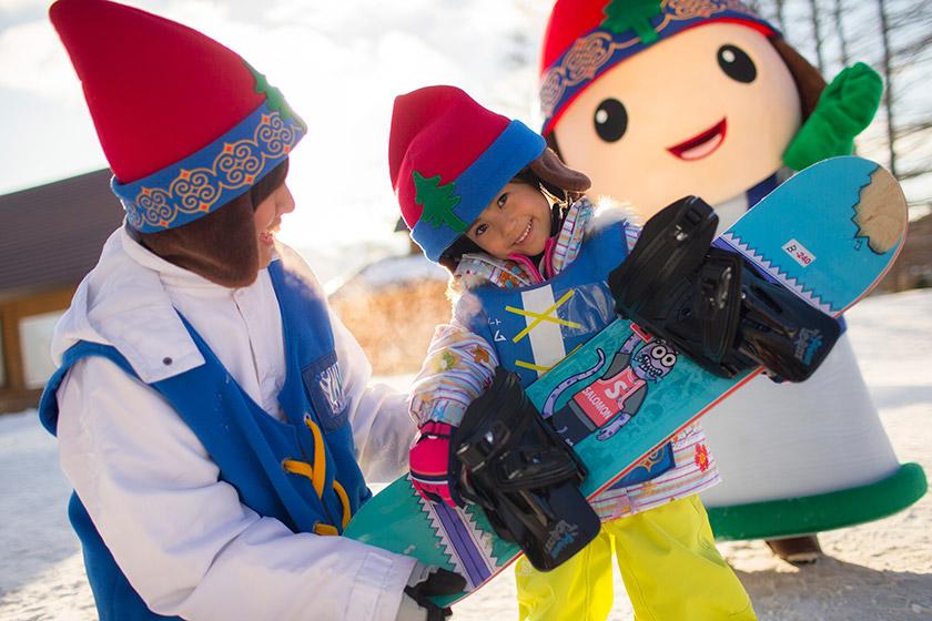 雪遊びもレッスンもおまかせ♪ニポタウン/ニポの スキースノーボード学校