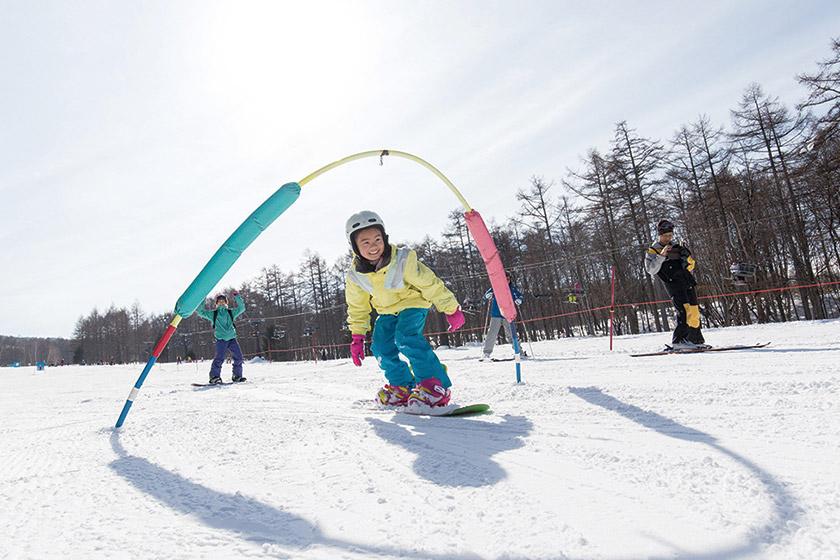 はじめてのスキー・スノーボードも仲間と一緒ならきっと楽しめる!