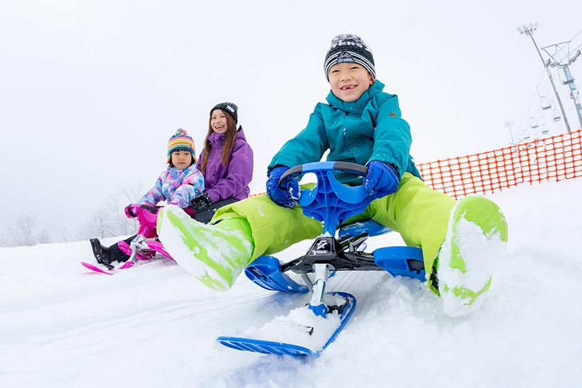 スノーレーサーやふわふわで遊ニべュるー!「ISHIUCHI SNOWLAND」がリニューアル!