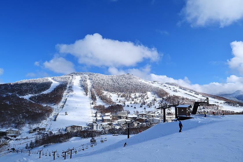 ツアー感覚でスキー場巡りをすれば いつの間にか上達! 人気を誇る寺小屋スキー場が おすすめ!